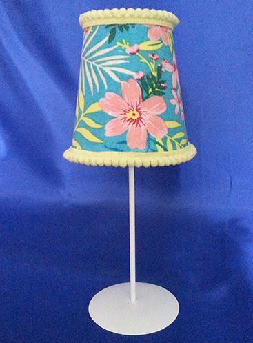 lampje met bloemen